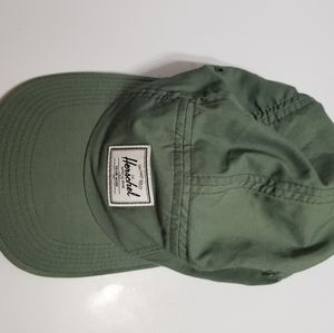 Herschel 7 panel hat